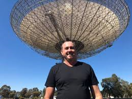 Billy Bridge and The Dish.
