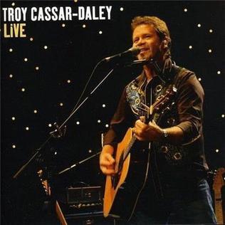 Troy_Cassar-Daley_Live
